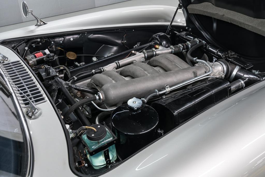 mercedes-benz-alas-de-gaviota-motor